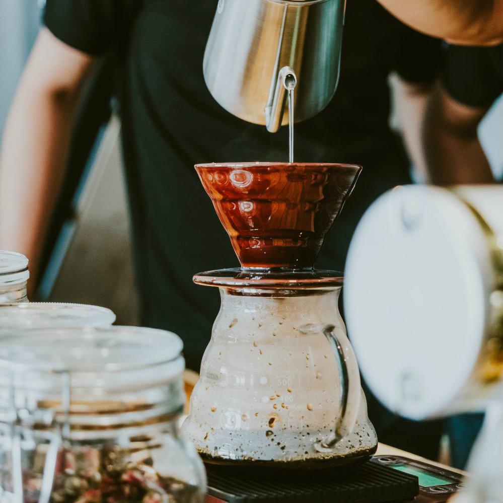 Conheça esses 4 métodos de coar café