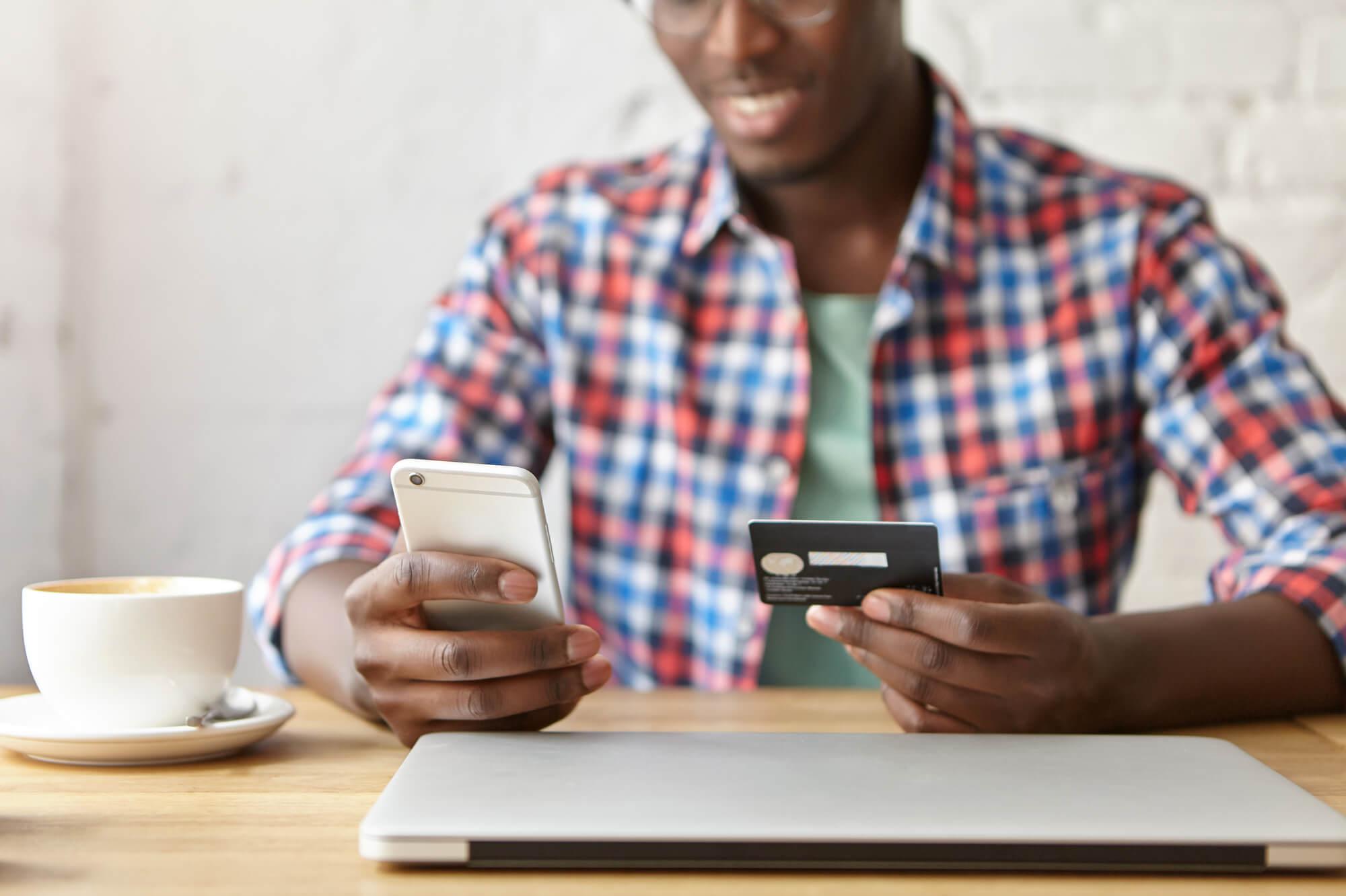 Consumidor 4.0: saiba quem ele é e veja como se relacionar com ele.