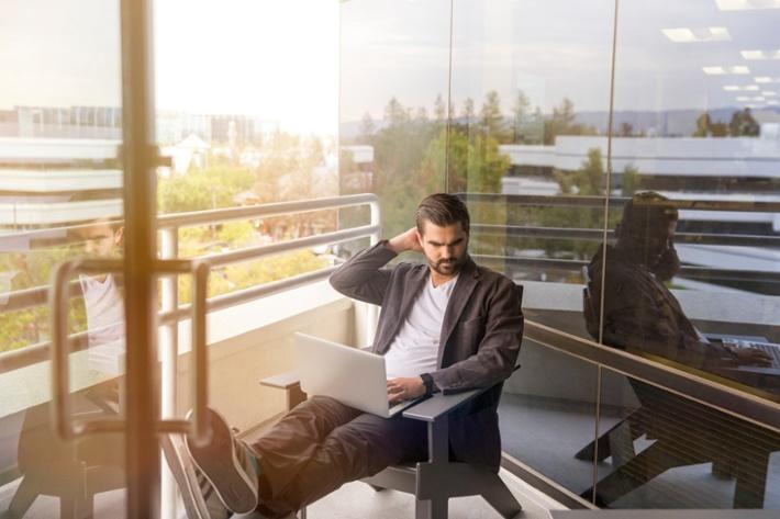 Quais os critérios para adotar um software de gestão para agências?
