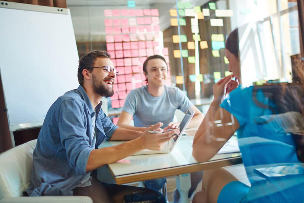 Confira o guia completo para fazer o plano de negócios da sua agência