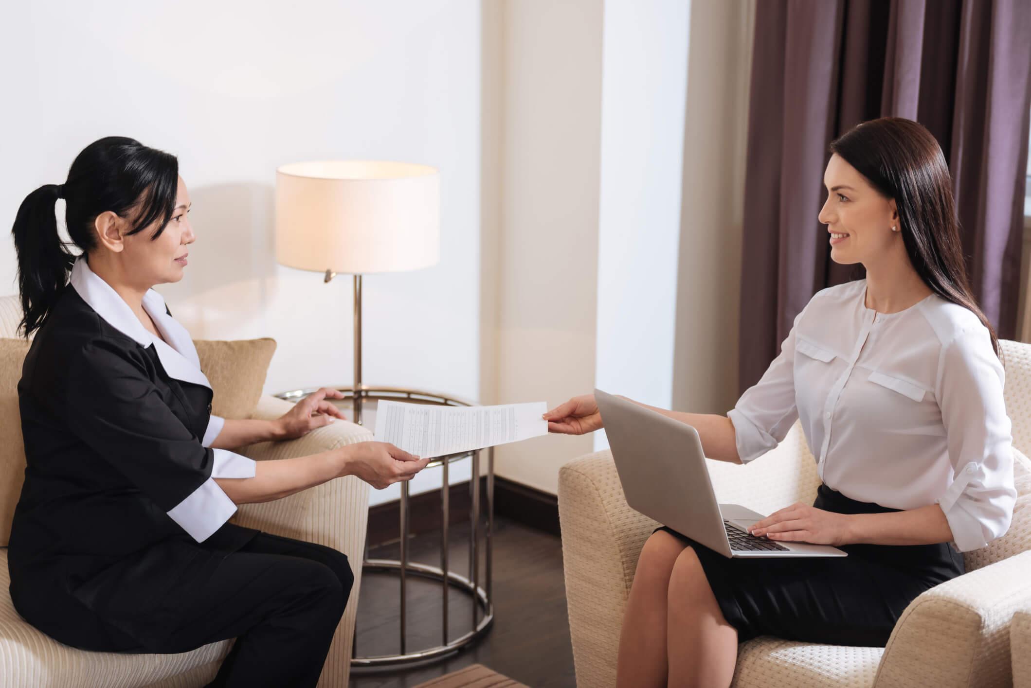 Confira um passo a passo de como contratar um empregado doméstico