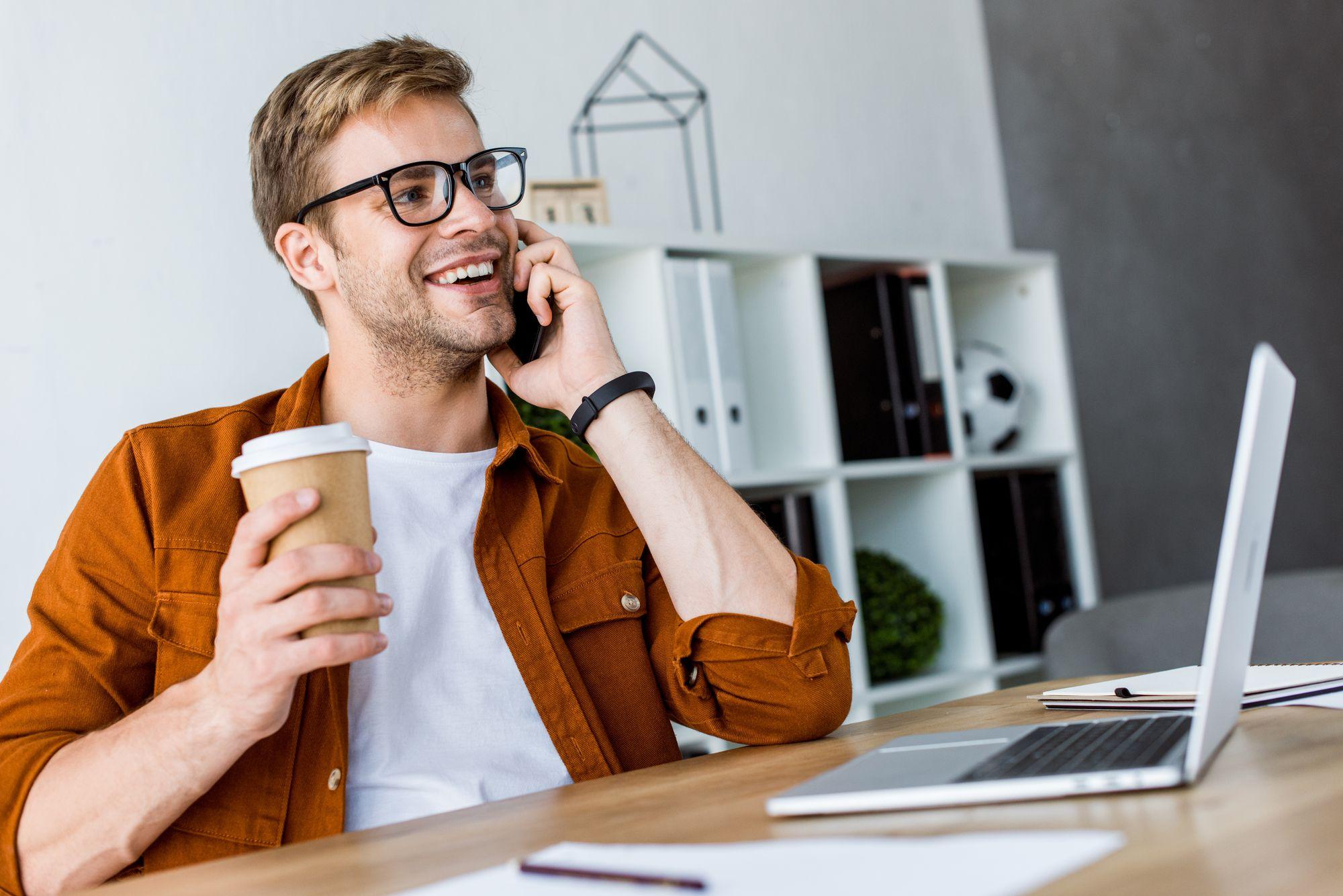 Como o histórico de clientes ajuda na padronização do atendimento