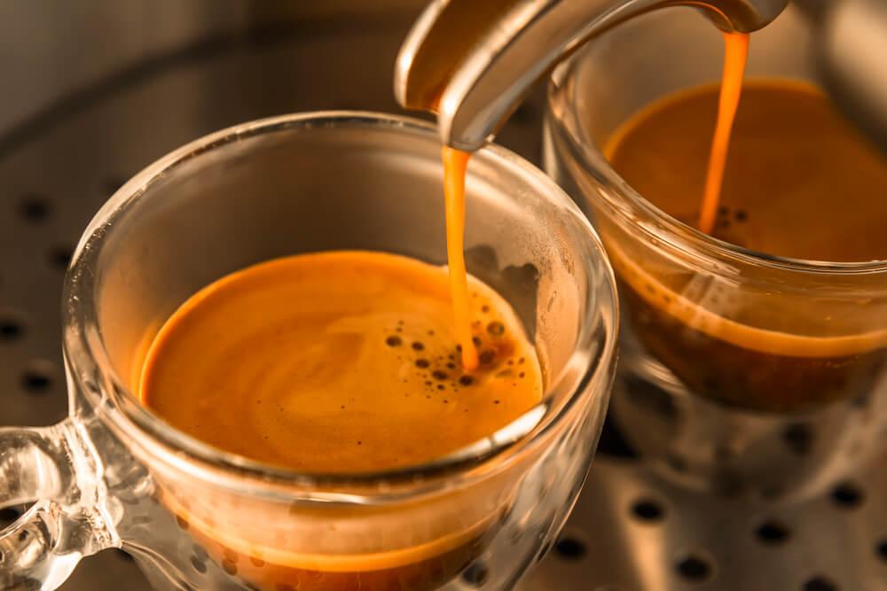 6 dicas para limpar a máquina de café expresso