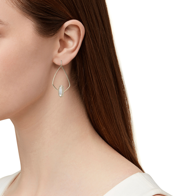 Model Content for Kendra Scott Arianna Earrings in Ivory Pearl