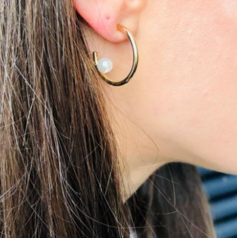 User Generated Content for SLATE Camden Pearl Hoops