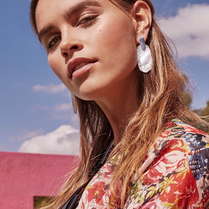 User Generated Content for Kendra Scott Aragon Earrings in Gold and Blush Mother of Pearl