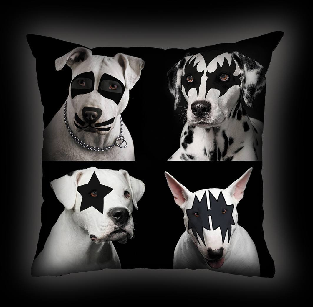Almofada Luiz Conti - Four Dogs Kiss