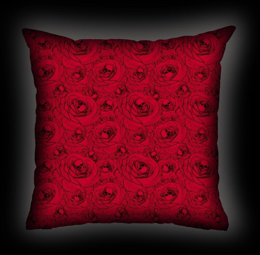 Almofada Rock Use - Skull & Roses - Vermelha