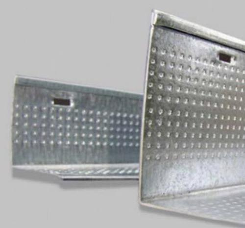 10 ft x 1 1/4 in x 1 1/4 in Armstrong Knurled Angle Molding / White - KAM10
