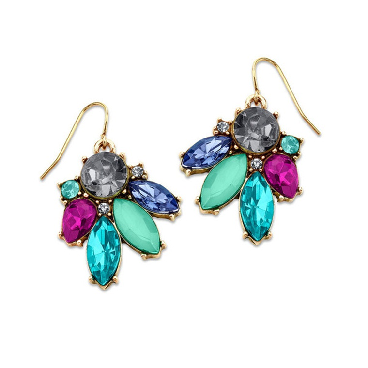 Win a Crystal Drop Earrings from 7 Charming Sisters