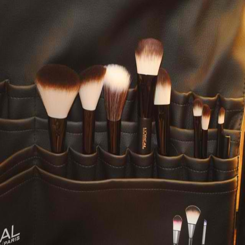 Win 1 Of 50 L'Oréal Paris Designer Makeup Brushes