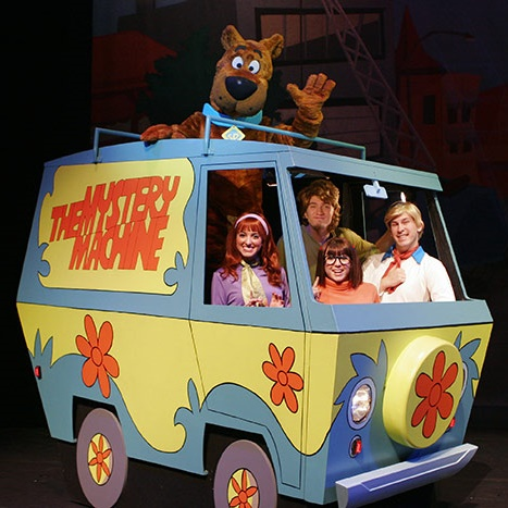 Win 1 of 6 Platinum Family Experiences to Scooby Doo Live