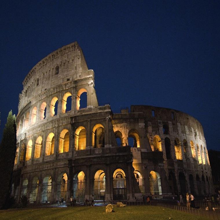 Win A 12 Day Contiki European Discovery Trips