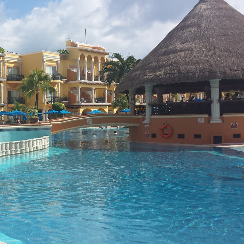 Win a Stay in Gran Caribe Resort in Cancun,Mexico
