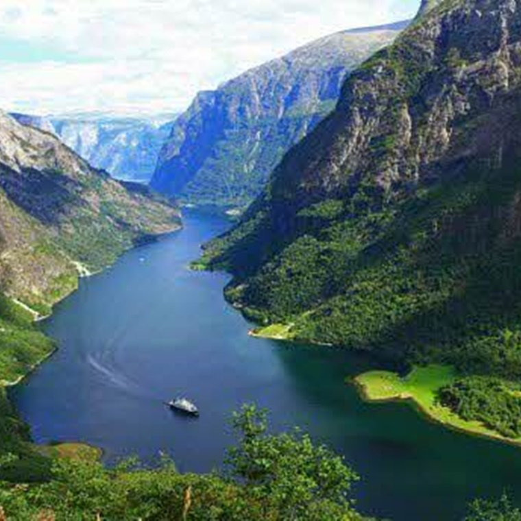 Win A Trip To Norway