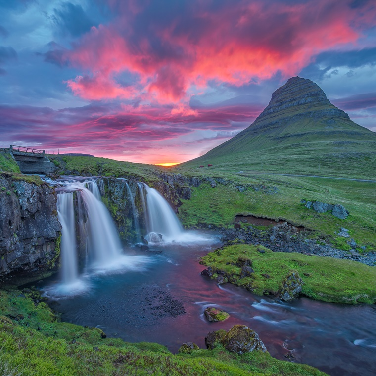 Win trip to Iceland