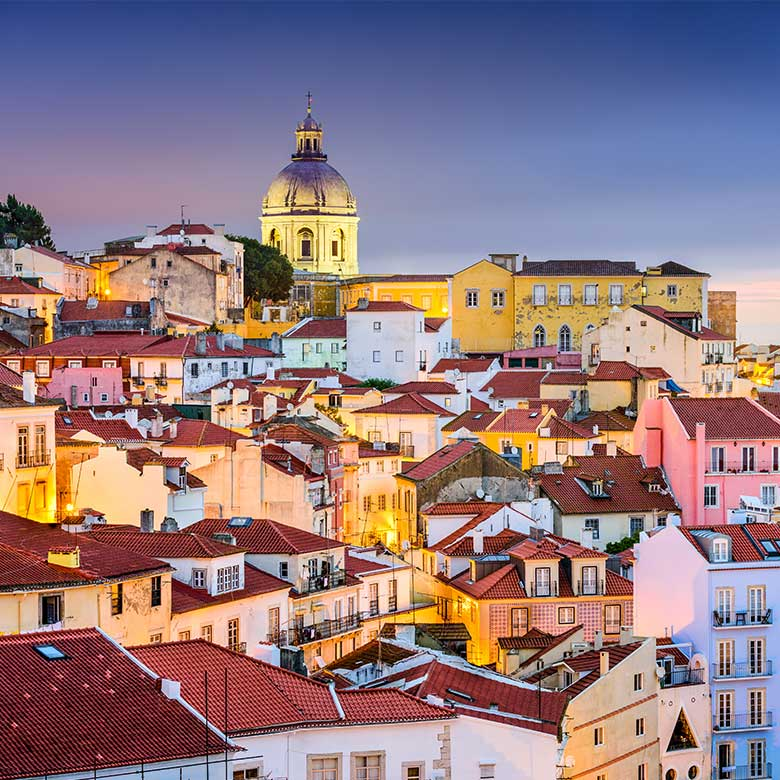 Fly down to Portugal with 4 friends in 2017 for FREE!
