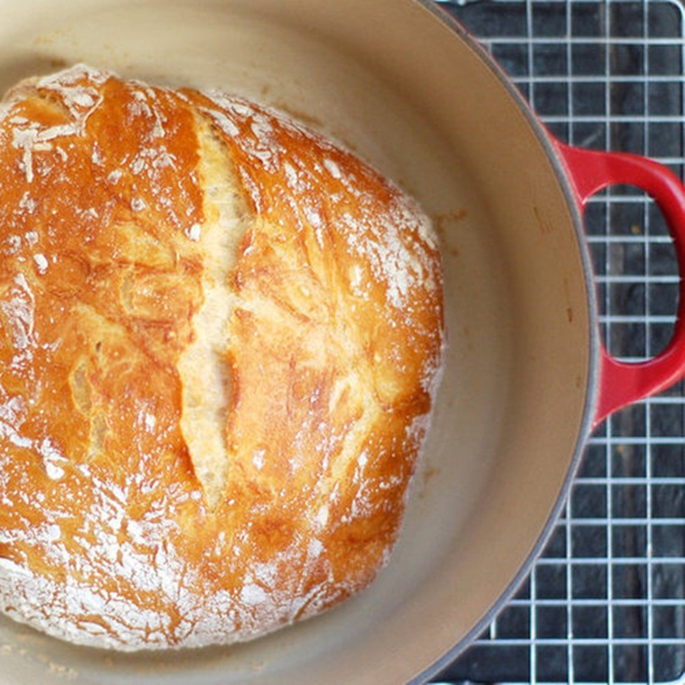 Win a No-Knead Bread Making Kit and a Year Supply of Flour