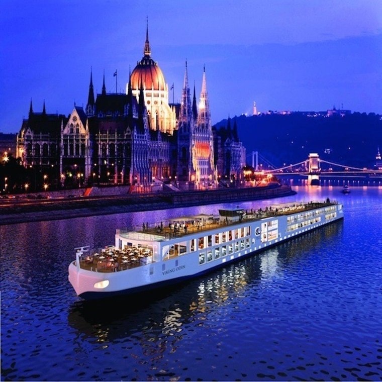 5 Star Luxury River Cruises Through Eurooe: Win A Christmas Markets River Cruise For Two