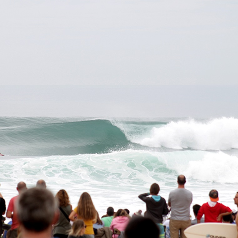 Win A Trip To The Roxy Pro France