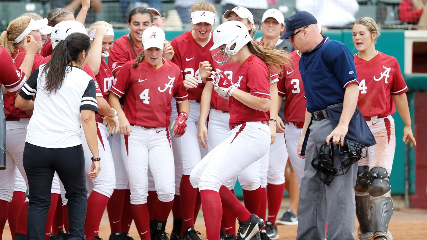 alabama softball wraps up fall schedule with two shutouts over