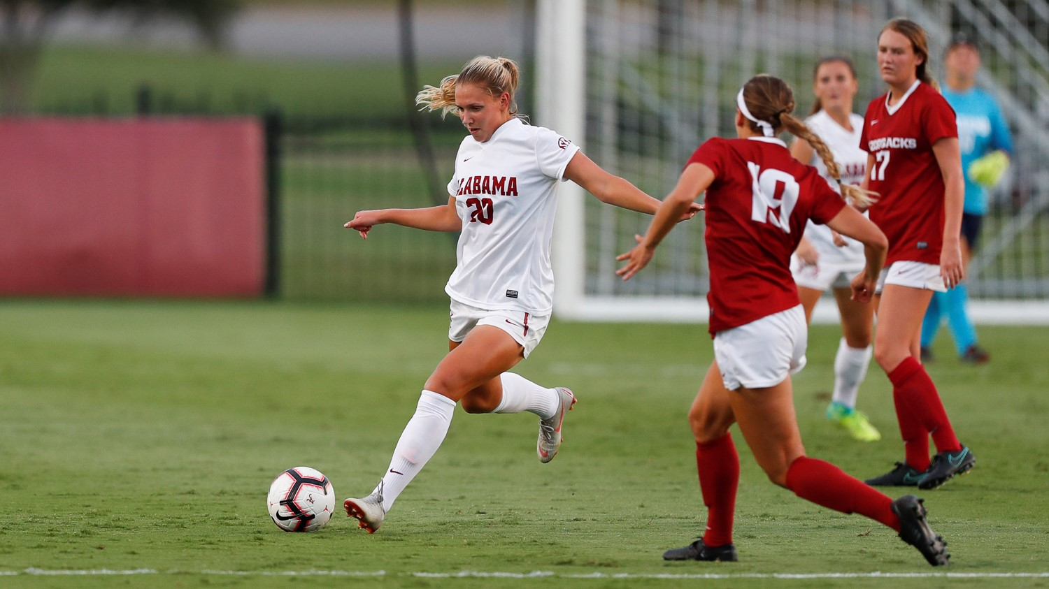alabama soccer battles in a 1 0 loss to arkansas university of
