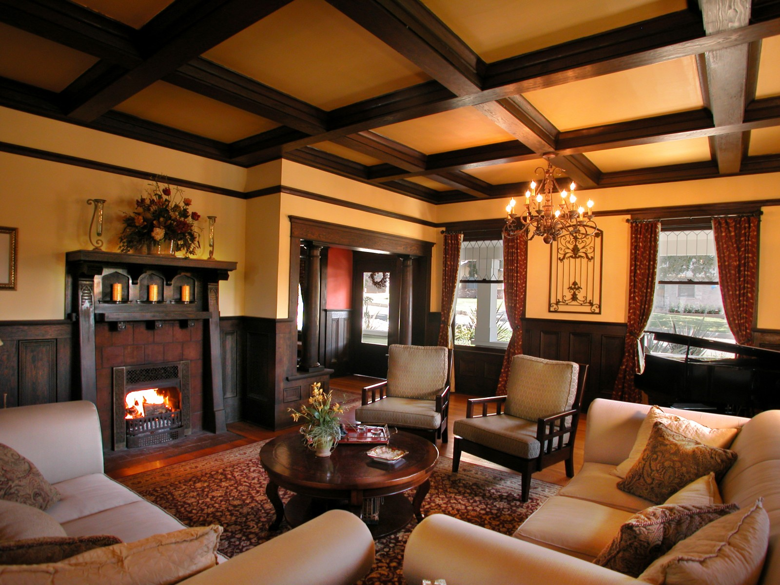 Arts and crafts living room and dining room for Arts and crafts living room ideas
