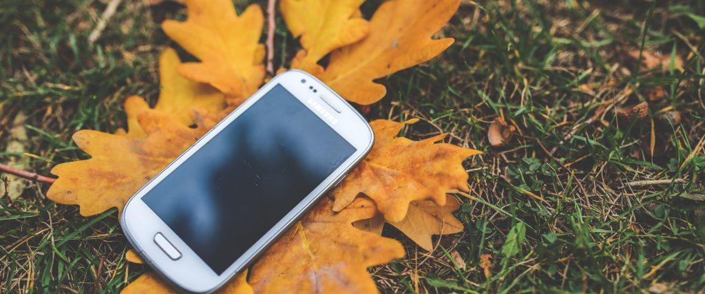 Four Ways that Screens Distort the Gospel