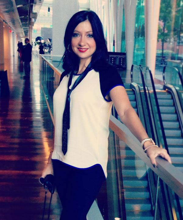 Looks d'Ariane Simard au lancement du Véro magazine