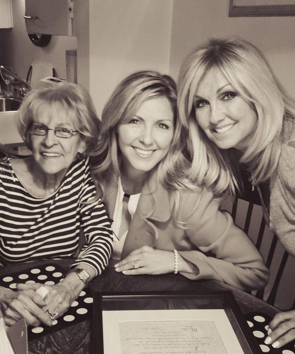 Mamie Janet, Véro et Carole