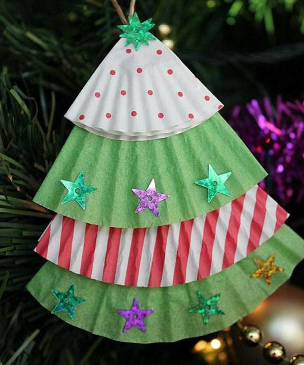 Activité en famille pour Noël: Bricolons des sapins!