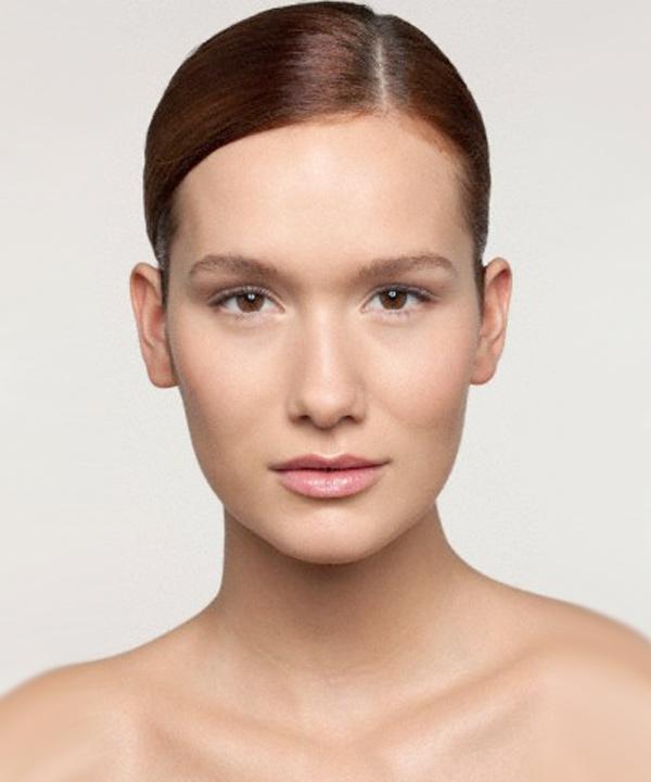 Nos trucs maquillage pour un look nude parfait