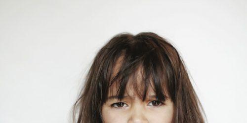 Discipliner son enfant en public