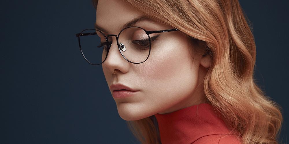 35c4c8d38f Dans les lunettes de Coeur de pirate - Véronique Cloutier
