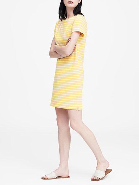 1.tendance-mode-robe-BananaRepublic