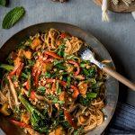 7.meilleure-recette-Tofu-et-nouilles-sautés-aux-arachides