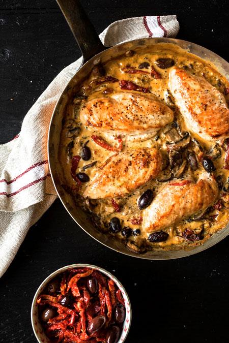 9.meilleure-recette-Casserole-de-poulet-et-tomates-séchées