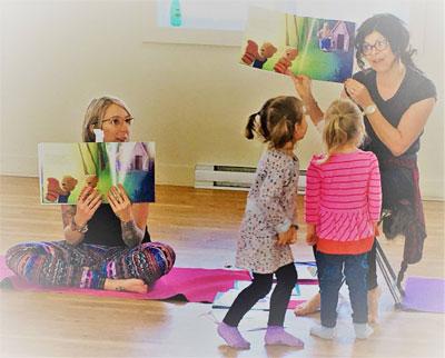 Yoga-lire-enfants-ecole
