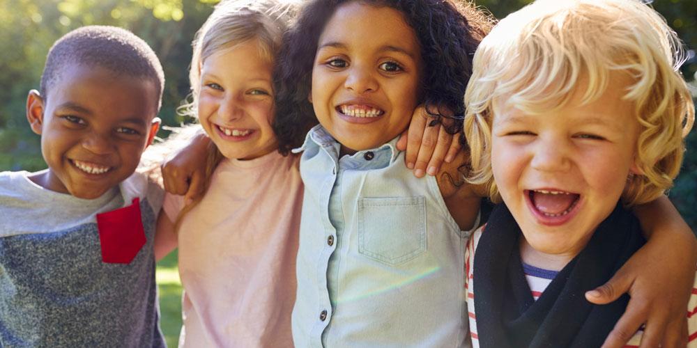 GettyImages-jouer-dehors-les-enfants