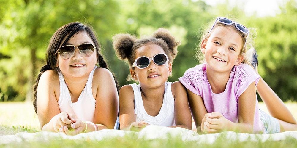 Shopping-lunettes-solaires-enfants
