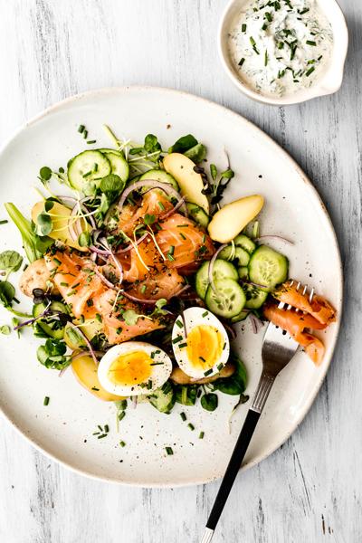 Salade-nordique-au-saumon-gravlax-version-2