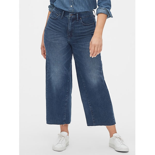 4.Mode-taille-plus_Jeans-à-jambe-large-Gap