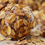 Boules d'énergie au beurre d'arachide et avoine