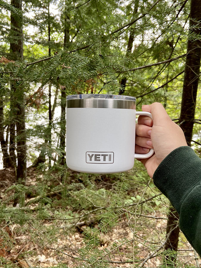 tasse-cafe-yeti-poisson-blanc