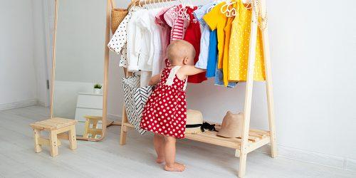 vetements-enfants-shutterstock