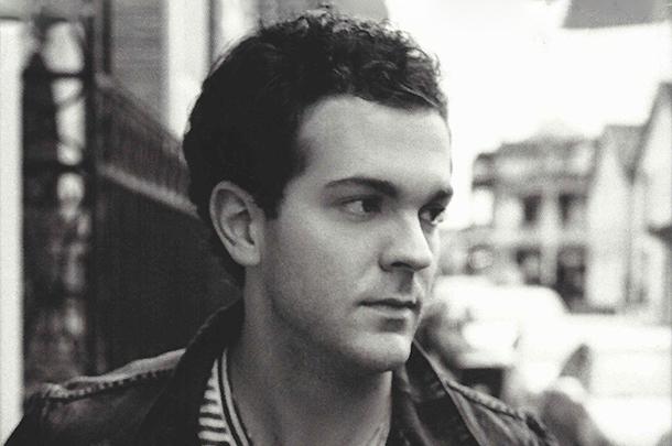 Ryan Kinder Signs With Warner Music Nashville