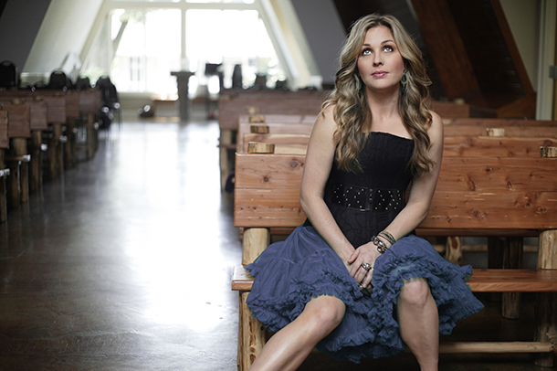 """Sunny Sweeney - """"Can't Let Go"""""""