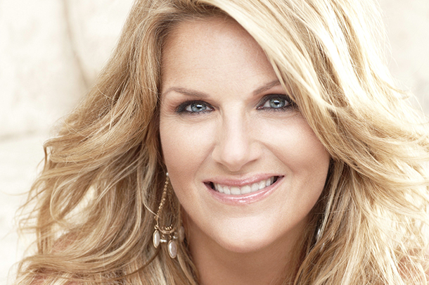 "Trisha Yearwood Unveils ""PrizeFighter"" Album Details"
