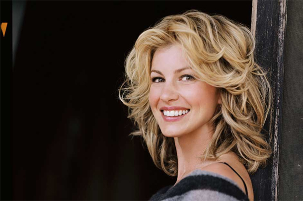 Faith Hill Signs With Sandbox Entertainment