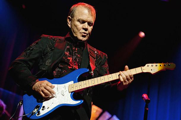 World Reacts To Glen Campbell's Passing